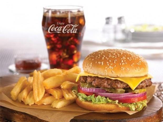 Hamburger patatine e CocaCola