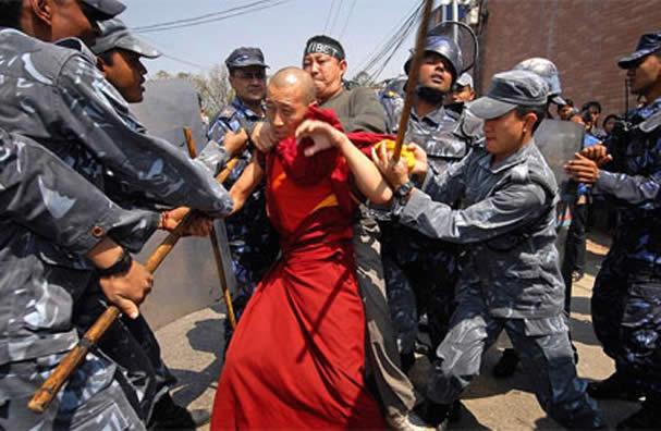 Monaco tibetano arrestato