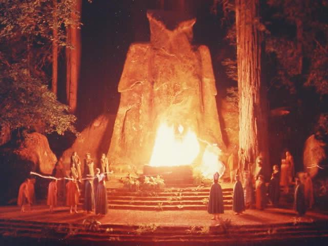 Bohemian Grove Statua del Moloch