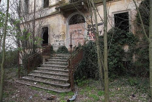 Ospedale psichiatrico infantile abbandonato di Aguscello