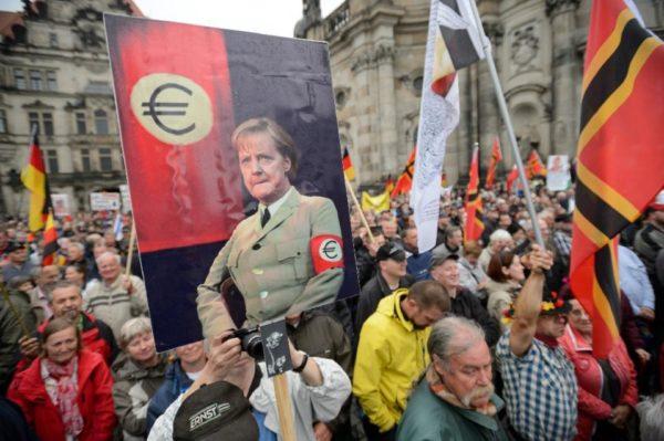 Manifestazioni contro Angela Merkel