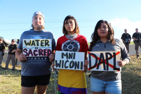 water is sacred - mni wiconi - no dapl