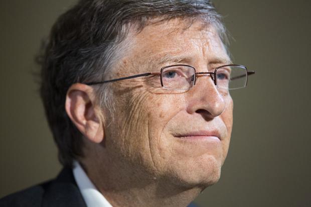 """""""Microsoft si è votata alla """"risoluzione del problema del cancro"""" entro dieci anni, utilizzando tecniche informatiche innovative per decifrare il codice delle cellule malate, in modo che siano riprogrammate per tornare ad essere cellule sane"""", afferma il redattore scientifico del Telegraph (UK)."""