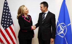 Will Anders Rasmussen e Hillary Clinton