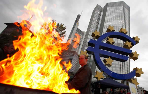 Crollo euro e Europa