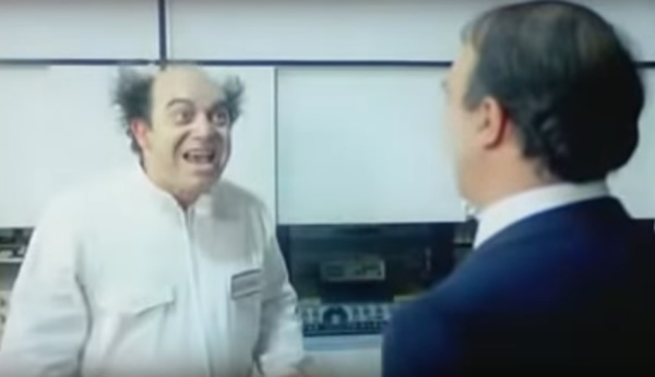 Vieni avanti cretino - Lino Banfi