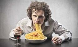 Mangiare meccanicamente
