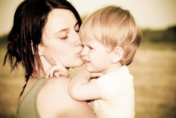 Il contatto fisico tra madre e figlio