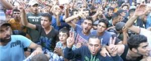 Migranti sul confine ungherese
