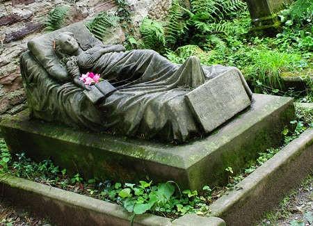 La tomba di Caroline Walter