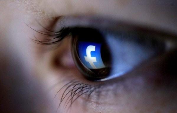 La censura di Facebook? Quello che invece manca oggi è un social network pubblico