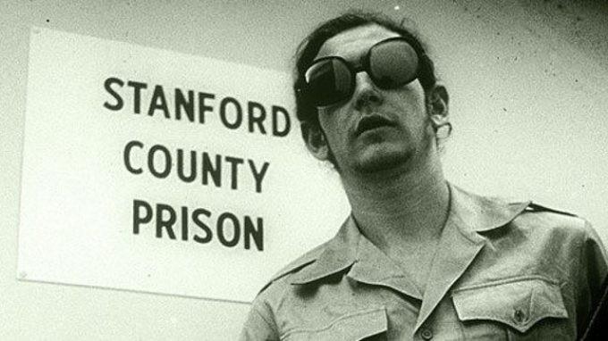 https://www.stateofmind.it/wp-content/uploads/2015/06/Il-controverso-caso-dellesperimento-carcerario-di-Stanford-_-kraken-680x382.jpg