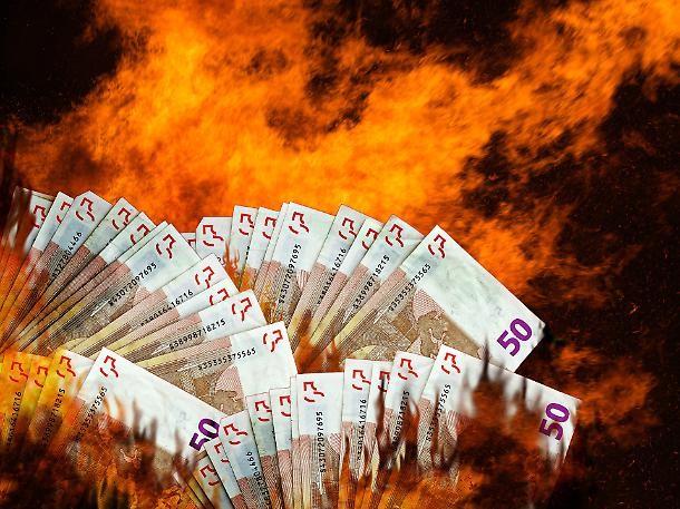 La spaventosa scommessa sulla bancarotta dell'Italia. Il super ...
