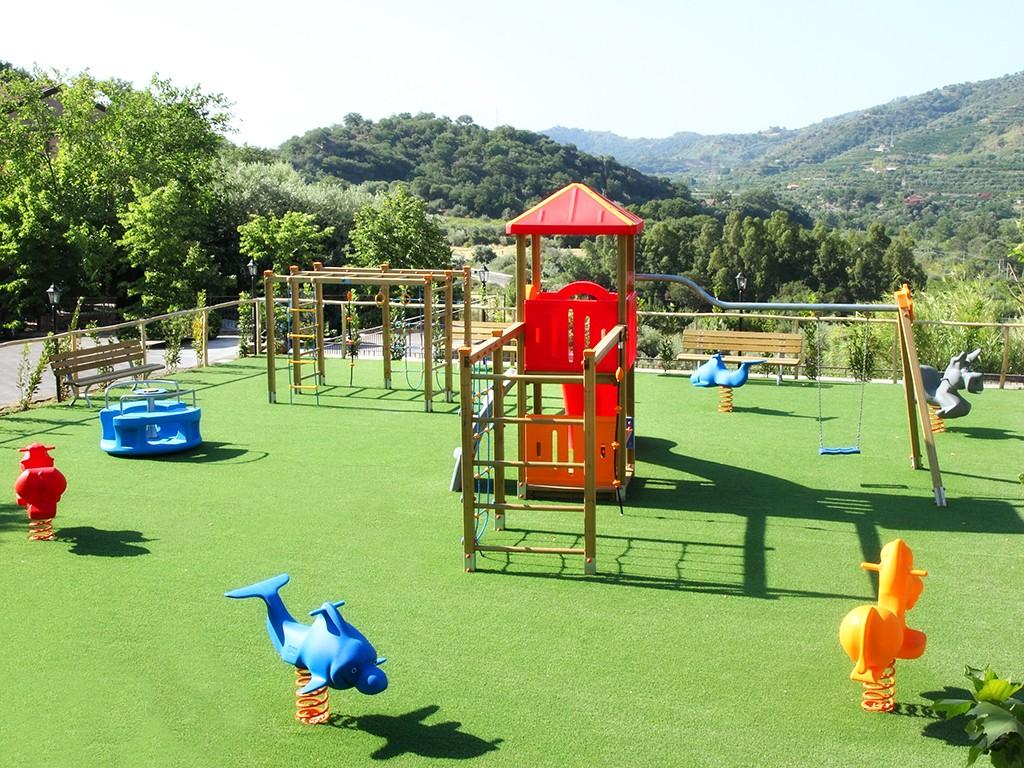 Parco giochi per bambini   Resort - Casa delle Monache   Gole ...