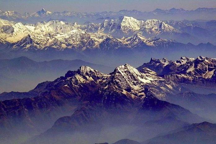 Grazie al lockdown l'Himalaya è visibile a 200 chilometri di ...