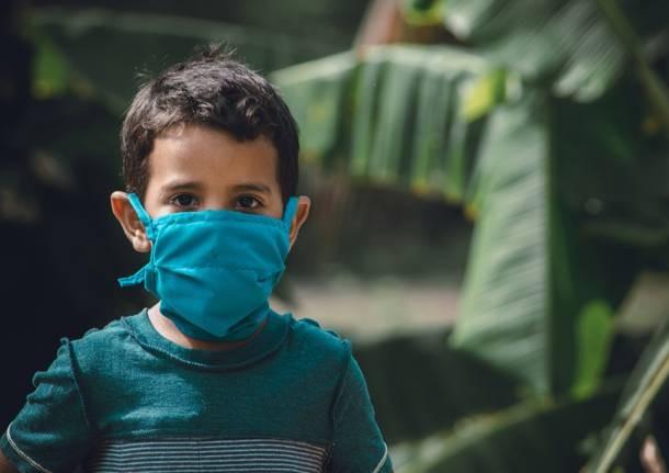 Bambini e mascherine: come e quali indossare