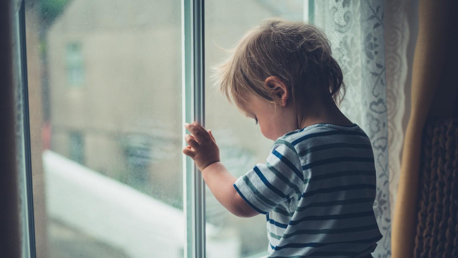 Bambini istituzionalizzati: i principali studi sugli effetti della deprivazione