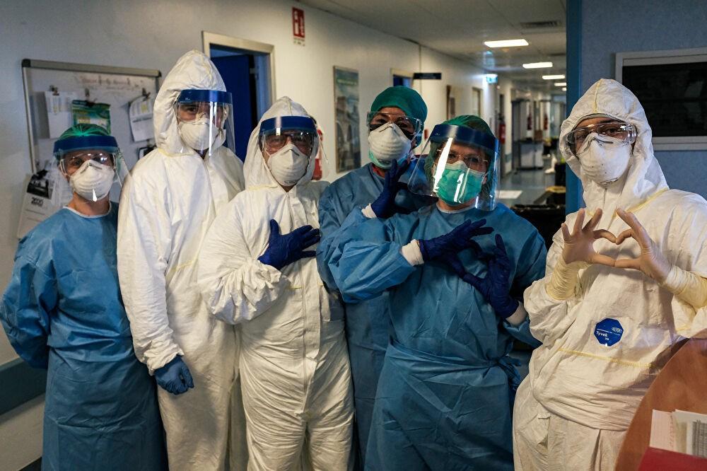 I veri eroi della lotta contro il coronavirus in Italia - Sputnik Italia
