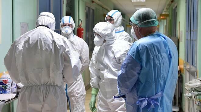 Coronavirus. Covid-19, i contagi sul lavoro sono oltre 54mila: Lombardia la più colpita | Uil Milano Lombardia