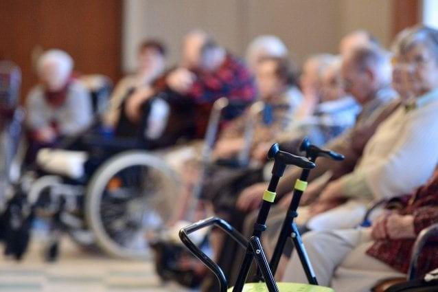 Como, aperta inchiesta in Procura su 17 Rsa e un ospedale: 363 i morti dall'inizio della pandemia
