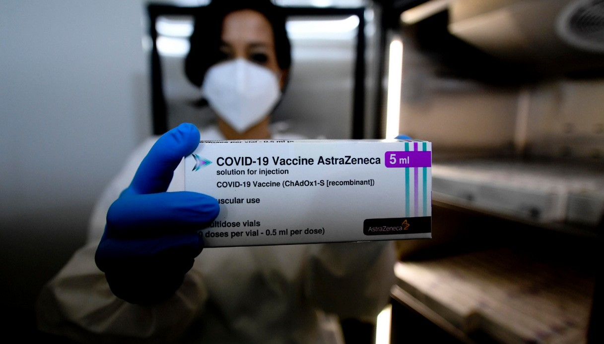 """Vaccino AstraZeneca, cosa sono questi """"malori"""" in Germania ..."""