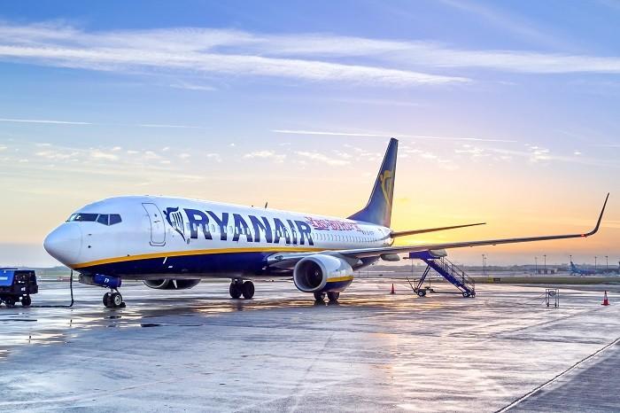 Ryanair fuori dal coro: